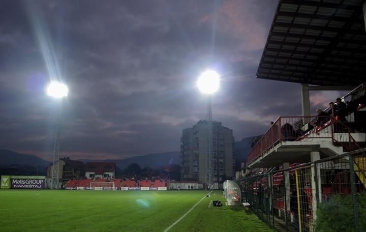 stadion-j